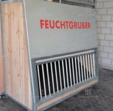 Heuautomat für Pferd Heuraufe Fütterungstechnik Stall Futterautomat