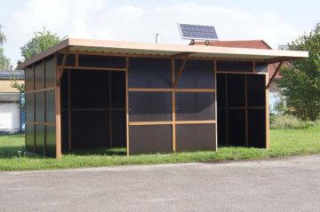 Fahrbare Weidehütte mit Teilfrontwänden der Extraklasse